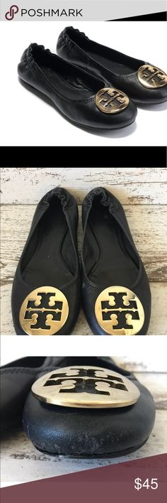 Tory Burch Flats Beautiful Shoes! Shoes have minor flaws see photos Tory Burch Shoes Flats & Loafers