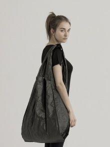 Black Tyvek Paper Bag - Large | NOT JUST A LABEL  Sac en Tyvek  http://www.notjustalabel.com/shop/107567
