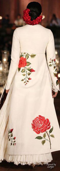 Rohit Bal Spring/Summer 2015❋Laya❋ Pakistani Dresses, Indian Dresses, Indian Outfits, Indian Attire, Indian Wear, Casual Dresses, Fashion Dresses, Rohit Bal, Hippy Chic