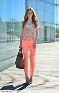 Great Outfit for Summer Style! Maybe lavender or blue or green?