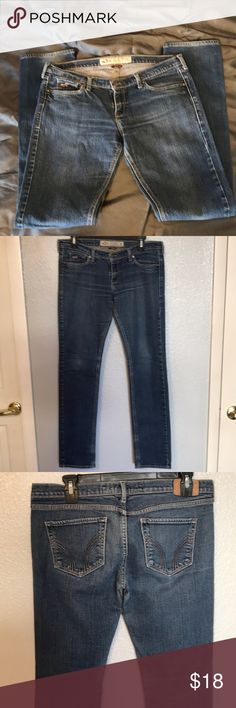 """Hollister stretch jeans size 7R Hollister women's stretch jeans size 7R Skinny """"Laguna""""  My measurements: Waist 31 Inseam 30 Front rise 7 Hollister Jeans Skinny"""