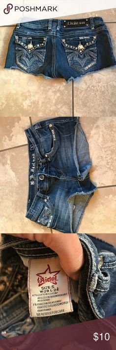 LA Idol Jean Shorts Great condition La Idol Jean shorts with rhinestones size small w:29 L:2 1/4 silver jeans for tag only, Silver Jeans Shorts Jean Shorts