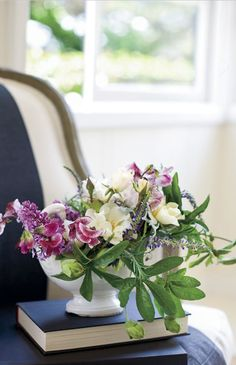 gorgeous spring flower arrangement from veranda magazine
