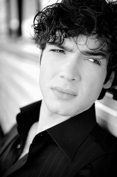 Ethan Peck, grandson of Gregory Peck.  Played Patrick Verona in the TV series 10 Things I Hate About You. Love love love ........love