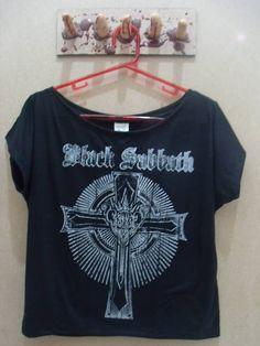 8ff2efa7c9 Blusa Gola Canoa Black Sabbath Tamanho único Cor  Preta R  45