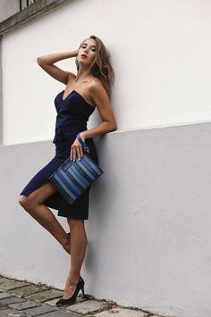 #orovicafashion #annahodlikbag #summervibes Summer Events, Timeless Fashion, Summer Vibes, Anna, Navy Blue, Summer Dresses, Bag, Womens Fashion, Outfits