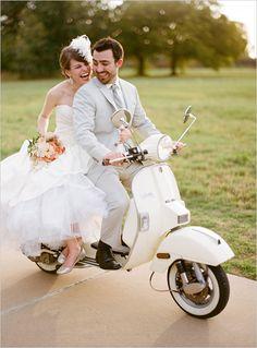 Vespa / wedding, wedding photos need to be fun! Vespa Wedding, Wedding Car, Wedding Pics, On Your Wedding Day, Wedding Bells, Perfect Wedding, Wedding Events, Wedding Styles, Dream Wedding