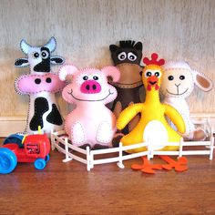 5 Farm Stuffed Animal Hand Sewing PATTERNS - Make Your Own Hand-embroidered felt Cow, Pig, Horse, Chicken, Lamb - Easy. $15.00, via Etsy.     Could DIY.