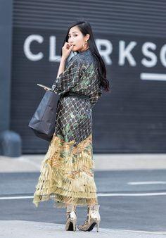 Tina Goes to New York Fashion Week Spring Summer 2018 (NYFW Recap) | New York Fashion Week Street Style Shots | Alena Akhmadhullina Robe | Of Leather and Lace