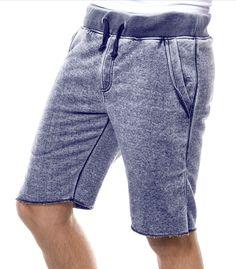 Le Tomar est un Short Jogging pour homme ultra confortable ! Son style sportswear, avec ses cordons de serrage et sa matière, est très tendance. Son plus : S...