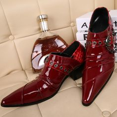 Find More Men's Casual Shoes Information about Luxury Brand Style Head Layer Cowhide Red Wedding Low Genuine Leather Shoes Stylist Tide Bar Actor Men's Shoes,High Quality shoe bronze,China shoe shoes baby Suppliers, Cheap shoe room shoes from World famous brand discount store on Aliexpress.com