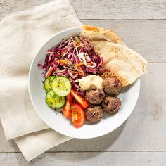 Middle Eastern Kidney Bean Meatballs with Herbed Slaw - Canadian Beef Tzatziki, Beef Recipes, Snacks Recipes, Apple Recipes, Recipes Dinner, Soup Recipes, Cake Recipes, Breakfast Recipes, Vegan Recipes