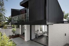 Middle Park Residence by Baldasso Cortese Architects is an existing double-fronted weatherboard house which has been transformed into a modern home in the picturesque Middle Park, Victoria. Architecture Unique, Residential Architecture, Interior Architecture, House Roof, Facade House, Weatherboard House, Wall Cladding, Steel Cladding, House Cladding