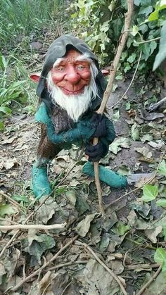 Harlan left right after his shift. Said something about forgetting to pick up Raison. Woodland Creatures, Magical Creatures, Diy Halloween Decorations, Halloween Diy, Duende Real, Elfen Fantasy, Dragons, Kobold, Elves And Fairies