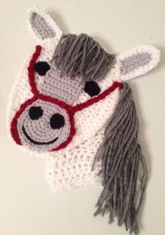 Crochet horse appliqué
