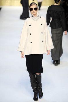 Max Mara Fall 2010 Ready-to-Wear Fashion Show - Anabela Belikova