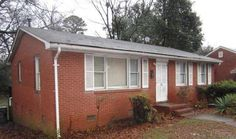 FOR RENT - 418 Norris Avenue, Charlotte NC 28206  2 Beds 1 Bath  Home has hardwood floors. Deck. Living room and family room. Gas heat.  $495/Mnth