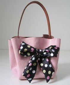 celine luggage phantom suede tote bag in light brown - La Folie des Sacs on Pinterest | Sac A Main, Tuto Sac and Longchamp
