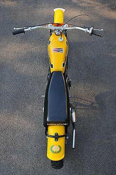 Suzuki Motocross, Suzuki Bikes, Motocross Bikes, Vintage Motocross, Scrambler Motorcycle, Bultaco Motorcycles, Mx Bikes, Cool Bikes, Vintage Bikes