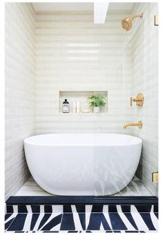 Modern Bathtub, Freestanding Bathtub, Luxury Bathtub, Luxury Bathrooms, Master Bathrooms, Contemporary Bathrooms, White Bathrooms, Small Bathroom Bathtub, Dream Bathrooms