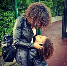 {Grow Lust Worthy Hair FASTER Naturally}>>> www.HairTriggerr.com <<< Curls Over Curls!!
