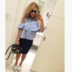 Dujour - BiancaCoimbra is wearing Farm Shoes, Zara Skirt, Zara Bag, Zara Blouse and Dolce&Gabbana Glasses