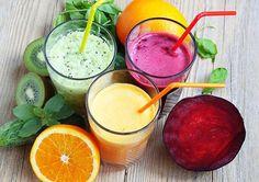 Entenda porque os sucos desintoxicantes ajudam a desinchar e auxiliam no processo de emagrecimento. São 7receitas de suco detox saborosas e fáceis de preparar que ajudam a eliminar as toxinas do organismo. Além de auxiliar no processo de emagrecimento, estes sucos melhoram o funcionamento do intestino, ativam o sistema imunológico e deixam o corpo mais …