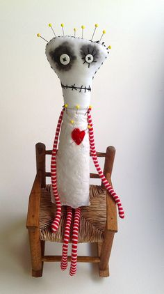Pincushion Queen by Snotnormal on Etsy https://www.etsy.com/shop/Snotnormal… Aww!!! Tim Burton's Pincushion queen