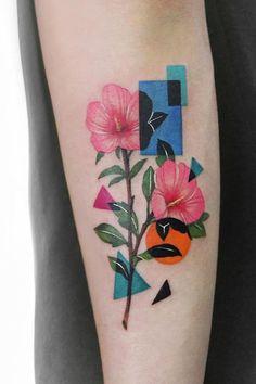 50 Best Colorful Tattoos For Everyone - TheTatt Mini Tattoos, Party Tattoos, Little Tattoos, Flower Tattoos, Body Art Tattoos, Small Tattoos, Small Colorful Tattoos, Color Tattoos, Colour Tattoo For Women