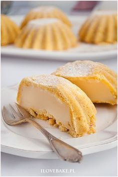 kruche babeczki z budyniem Pudding Desserts, Mini Desserts, No Bake Desserts, Baking Recipes, Cookie Recipes, Sweet Pastries, Polish Recipes, Christmas Baking, Cheesecake Recipes