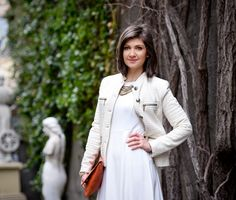 Looking for an outfit idea for spring? How about all white? White Dress and White Jacket with a pop of colour: orange bag. Romanian fashion blogger. Street style fashion blogger