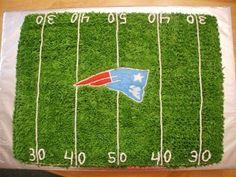 NE Patriots football field By jammjenks on CakeCentral.com