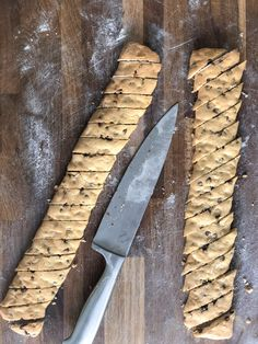 orange and chocolate almond cookies - welcome December - LADdicted - food and drink - Healt and fitness Biscotti Rezept, Biscotti Cookies, Almond Cookies, Mini Desserts, Christmas Desserts, Rice Krispies, Italian Cookies, Christmas Chocolate, Sweet Recipes