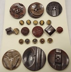 Vintage buttons - brown - Art Deco, plus brown glass and 2 rows of dimi metal (Ref N26)