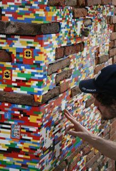 Jan Vormann restauró edificios en 29 ciudades con LEGOS.  Toulouse, Francia.