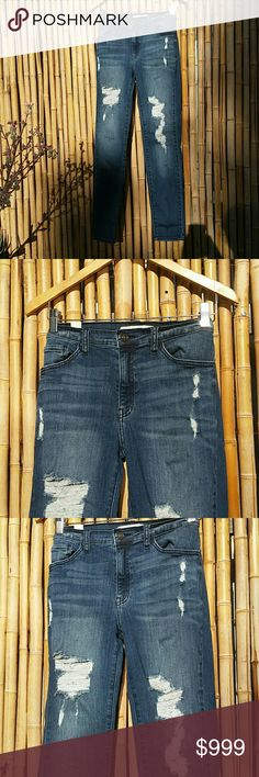 SG DO NOT SHARE - Extra Photos for Ken Chang jeans Cortnay here are additional photos of the Ken Chang jeans that you purchased. I opened your package to take pictures of the actual pair for you. Please let me know that these are okay to ship with your bundle. Otherwise, I can extend to you the $30 credit from this pair and you can choose an item/s to replace these in your bundle. And I will ship first thing tomorrow morning! Please let me know what you decide.  Thank you!❤ Other