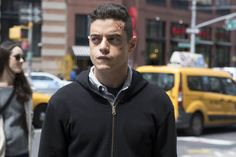 In anticipation of the Season 2 premiere, USA has made Mr. Robot's entire 10-episode freshman year available on Amazon Prime.