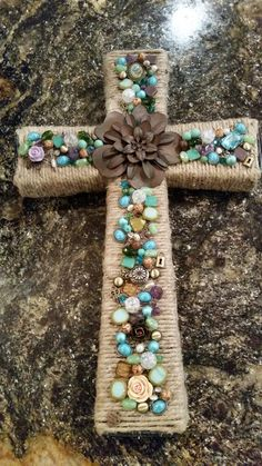 Iron base cross wrapped in burlap, decorated with beads and jewels. Made by Tina Winn. For sale on Etsy.com under naturalstonedesign Mosaic Crosses, Wooden Crosses, Crosses Decor, Wall Crosses, Mosaic Projects, Craft Projects, Crafts To Sell, Diy And Crafts, Faith Crafts