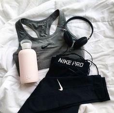 Nike pro fitspo new women s workout clothes gym clothes running clothes… Workout Attire, Workout Wear, Workout Tips, Nike Workout Gear, Yoga Workouts, Teen Workout, Workout Shoes, Cardio Gym, Workout Plans