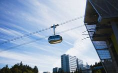 The 10 Most Underrated Things to do in Portland Or how not to feel like a tourist in Oregon's largest city. Portland Ariel tram looks fun! Oregon Vacation, Oregon Road Trip, Oregon Trail, Oregon Coast, Oregon Camping, Seattle Vacation, Oregon Usa, Oh The Places You'll Go, Places To Travel