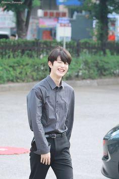 Korean Celebrities, Korean Actors, Jung Hyun, Korea Boy, Child Smile, Woollim Entertainment, Golden Child, Kpop, Ulzzang Boy