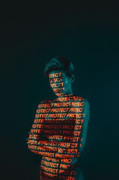 Prismagraphy: Illuminated Portraits by 19Tones | Daily design inspiration for creatives | Inspiration Grid