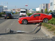 Ford Mustang Shelby GT500 crashed