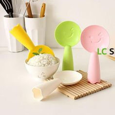 Buy 'Lazy Corner – Smile Steamed Rice Spoon' with Free International Shipping at YesStyle.com. Browse and shop for thousands of Asian fashion items from China and more!