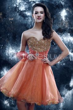 US$204.99 Stunning A-Line Short Sweetheart Beading Sandra's PromBeadingHomecoming Dress. #Homecoming #Short #A-Line #Stunning