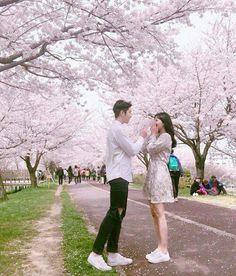 Imagina un poco con los bitiez.  Espero que lo disfrutes 7u7 #detodo # De Todo # amreading # books # wattpad Ulzzang Boy, Korean Ulzzang, Ulzzang Couple, Couple Relationship, Fashion Couple, Cute Couples, Anime Couples, Best Couple, Korean Couple
