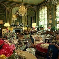 The unrivaled opulence of the parisian apartment of Counts Hubert et Isabelle d'Ornano in Quay d'Orsay: a real reference for maximalist design #interiordesign #maximalism #paris - More wonders at ww.francescocatalano.it
