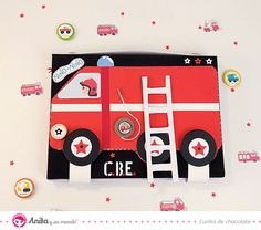 Sigue este tutorial y crea un álbum en forma de maleta y con inspiración de bomberos  #ColecciónEntreRuedas #Anitaysumundo #Scrapbooking