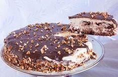 Η απόλυτη τούρταγια ειδικές περιστάσεις και όχι μόνο. Αφράτο, πεντανόστιμο παντεσπάνι με ξηρούςκαρπούς,με κρέμα ζαχαρούχου γάλακτος, καλυμμένη με γκανάζ Greek Desserts, Cold Desserts, Party Desserts, Food Network Recipes, Food Processor Recipes, Cooking Recipes, How To Make Cake, Food To Make, Sweet Recipes