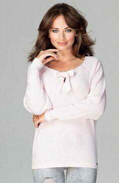 Lenitif K469 sweter różowy Wygodny sweter damski wykonany z miękkiej dzianiny, luźniejszy fason świetnie prezentuje się na każdej sylwetce, długie szersze rękawy, dekolt wiązany na kokardę Tunic Tops, Women, Fashion, Moda, Women's, Fashion Styles, Woman, Fasion